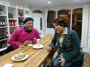 Noosh and I enjoy a creamy oolong green tea and tea laté